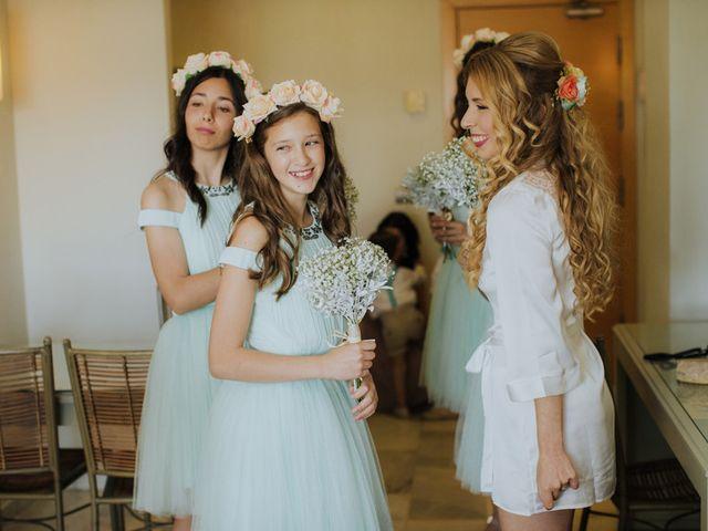 La boda de Rafa y Deborah en Nerja, Málaga 22