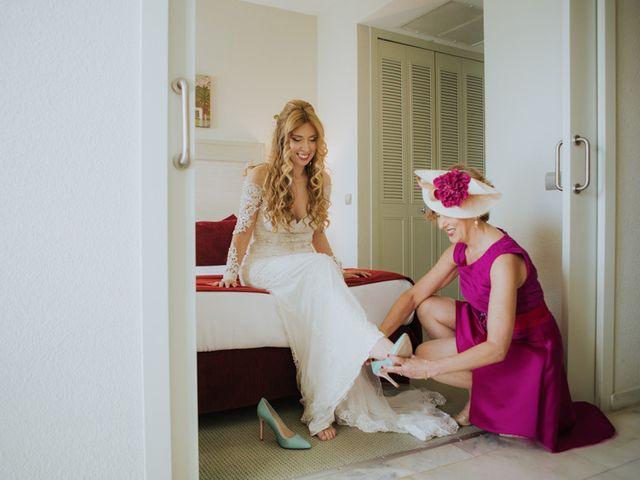 La boda de Rafa y Deborah en Nerja, Málaga 40
