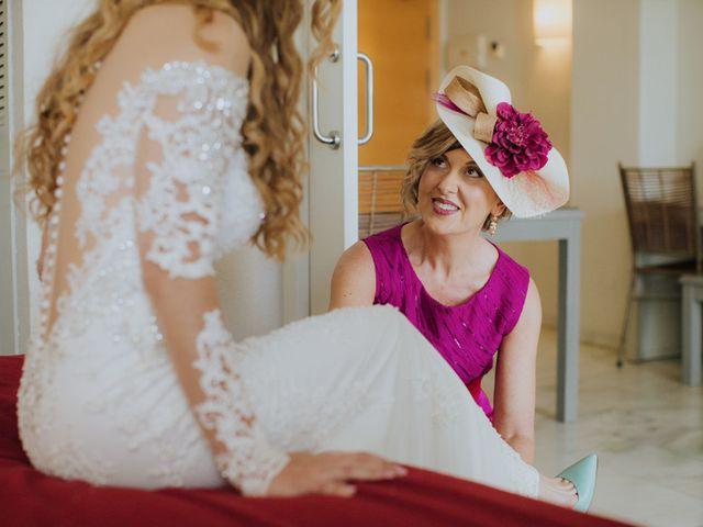 La boda de Rafa y Deborah en Nerja, Málaga 41
