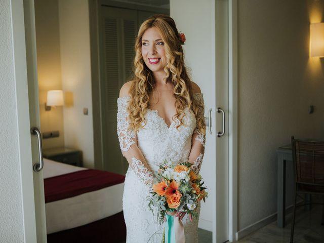 La boda de Rafa y Deborah en Nerja, Málaga 46
