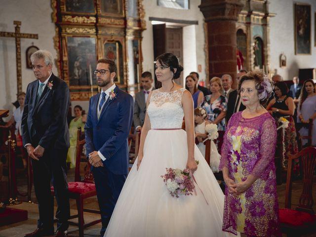 La boda de Raúl y Lisset en San Sebastian Gomera, Santa Cruz de Tenerife 14
