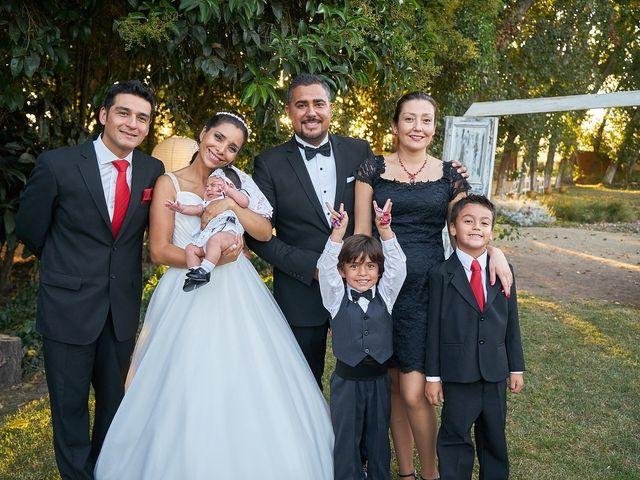 La boda de Arturo y Claudia en Santiago De Compostela, A Coruña 21
