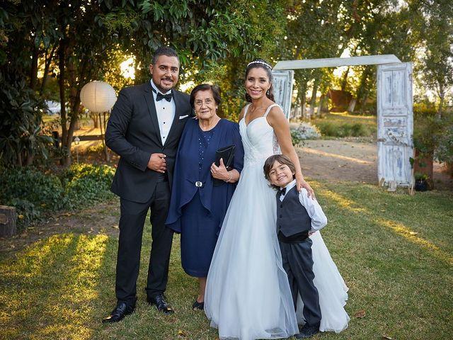 La boda de Arturo y Claudia en Santiago De Compostela, A Coruña 22