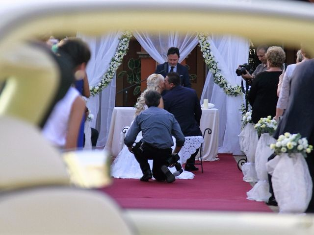 La boda de Rafael y Elena en Sanlucar La Mayor, Sevilla 11