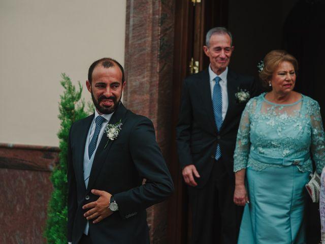 La boda de Alfonso y Silvia en Puente Genil, Córdoba 38