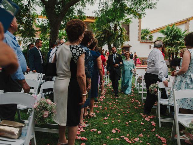 La boda de Alfonso y Silvia en Puente Genil, Córdoba 44