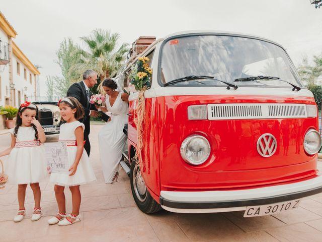 La boda de Alfonso y Silvia en Puente Genil, Córdoba 46