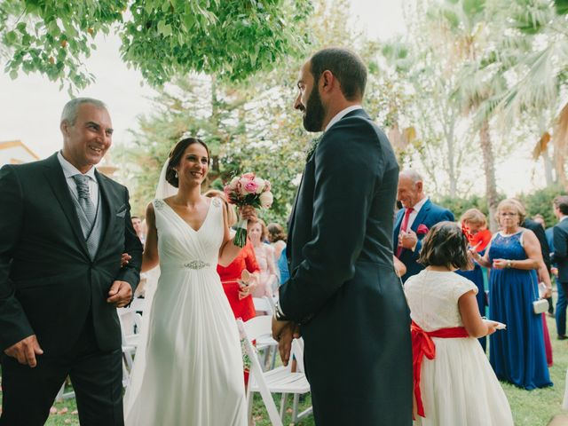 La boda de Alfonso y Silvia en Puente Genil, Córdoba 49