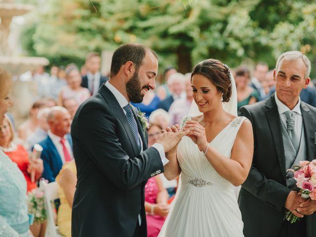 La boda de Alfonso y Silvia en Puente Genil, Córdoba 58