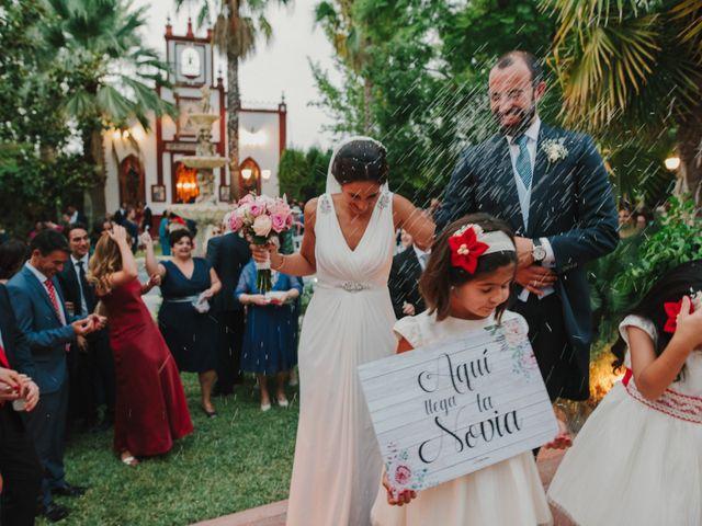 La boda de Alfonso y Silvia en Puente Genil, Córdoba 81