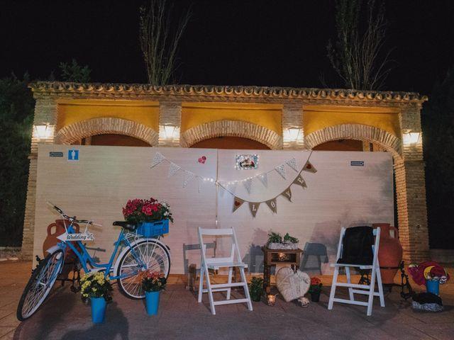 La boda de Alfonso y Silvia en Puente Genil, Córdoba 93