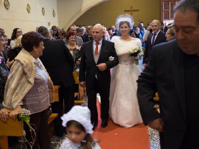 La boda de Jorge y Virginia en Castejon, Navarra 53