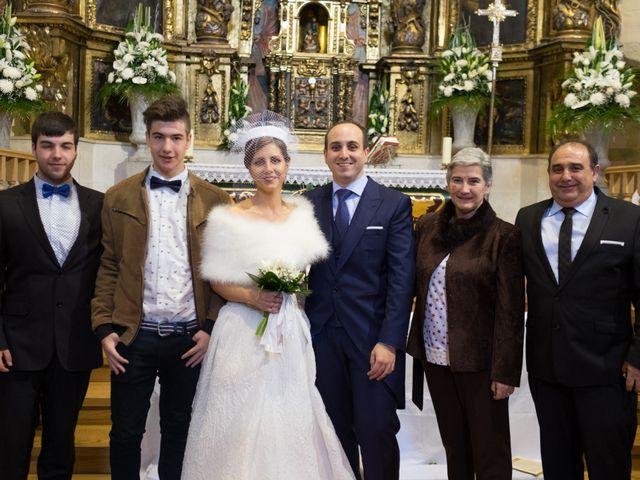La boda de Jorge y Virginia en Castejon, Navarra 70