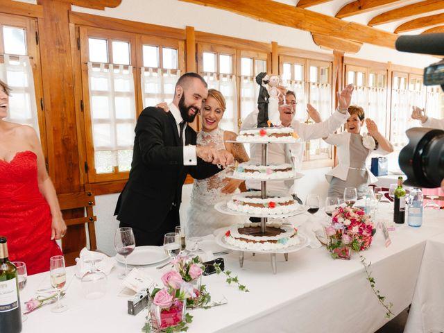 La boda de Unai y Julene en Dima, Vizcaya 25