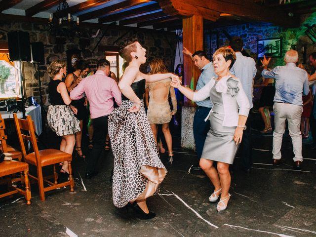La boda de Unai y Julene en Dima, Vizcaya 31