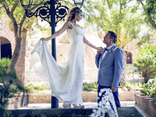 La boda de Antonio y Pepi en Mijas, Málaga 9