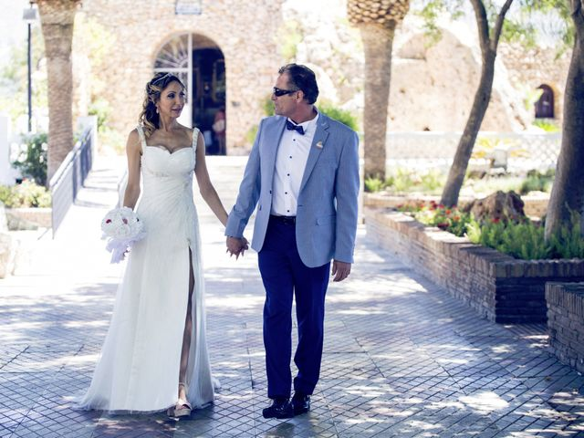 La boda de Antonio y Pepi en Mijas, Málaga 14