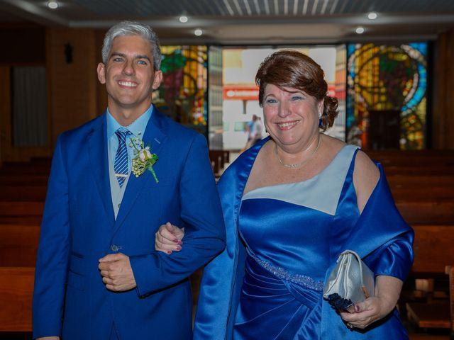 La boda de Daniel y Lucia en Petrer, Alicante 30