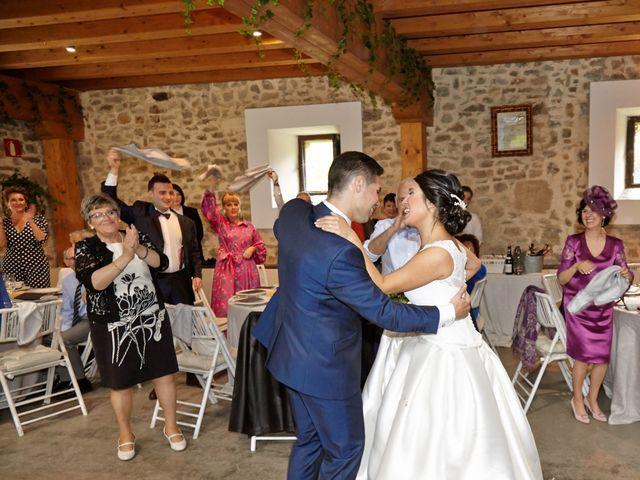 La boda de Borja y Nerea en Gordexola, Vizcaya 38