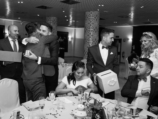 La boda de Humberto y Gabi en Collado Villalba, Madrid 25
