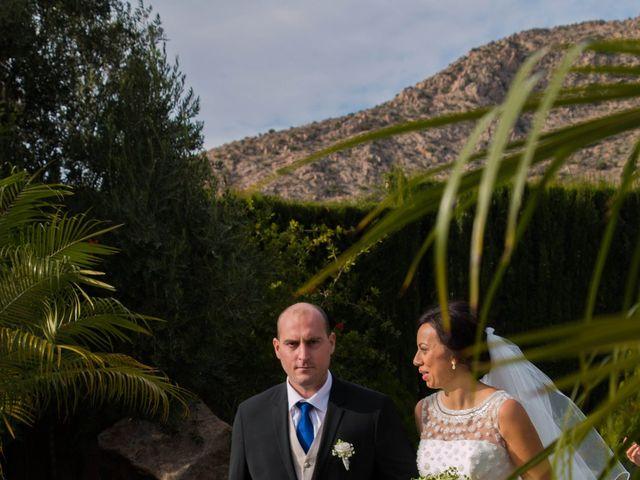 La boda de Alejandro y Naomi en Santomera, Murcia 32