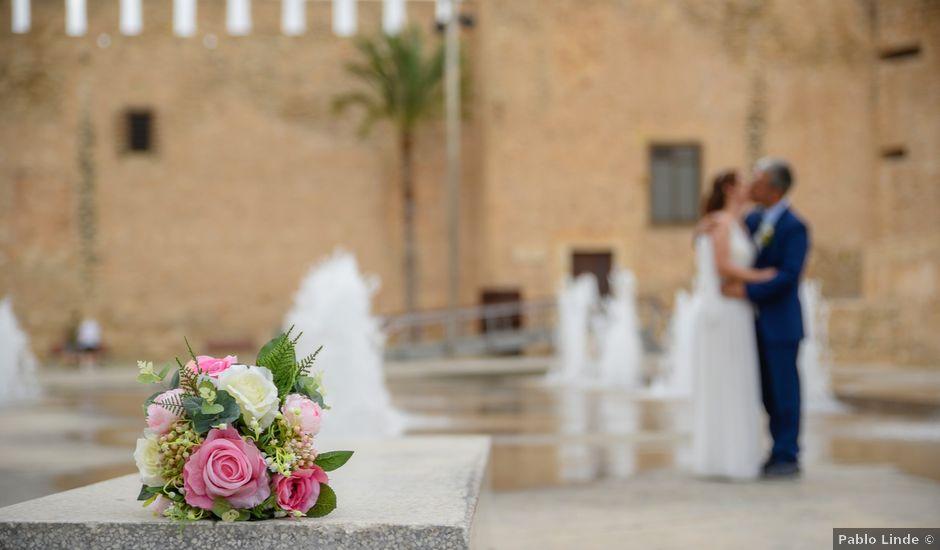 La boda de Daniel y Lucia en Petrer, Alicante