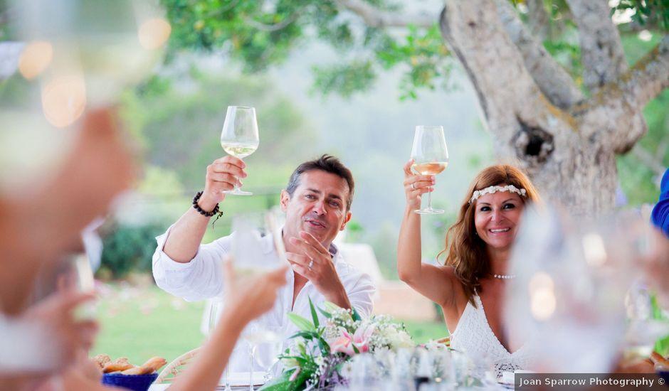 La boda de Victor y Vanesa en Eivissa, Islas Baleares