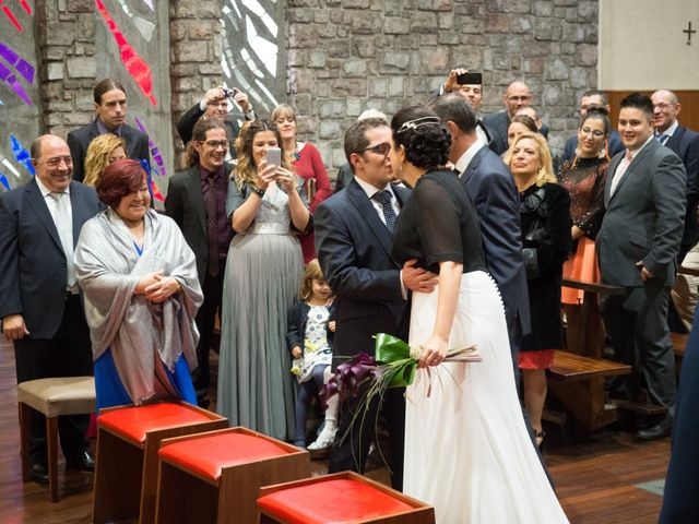 La boda de Xavi y Idoia en Donostia-San Sebastián, Guipúzcoa 6