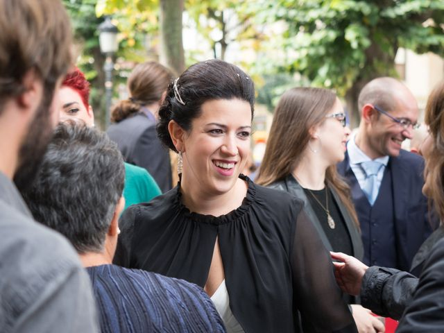 La boda de Xavi y Idoia en Donostia-San Sebastián, Guipúzcoa 13