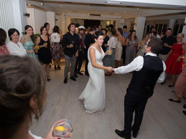 La boda de Xavi y Idoia en Donostia-San Sebastián, Guipúzcoa 18