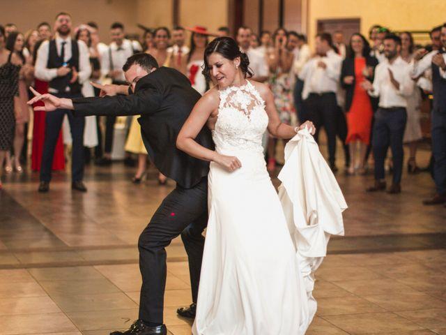 La boda de Henar y Xuxa en Vilalba, Lugo 22