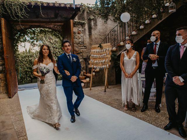 La boda de Carlos y Pilar en Vilanova Del Valles, Barcelona 28