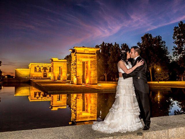 La boda de Miguel y Inma en Los Santos De La Humosa, Madrid 16