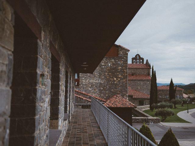 La boda de Adrían y Sara en Boltaña, Huesca 17
