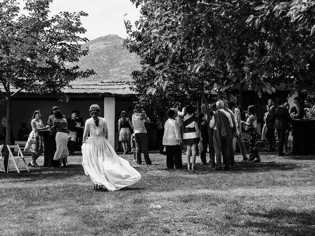 La boda de Daniel y Veronica en Valdemorillo, Madrid 25
