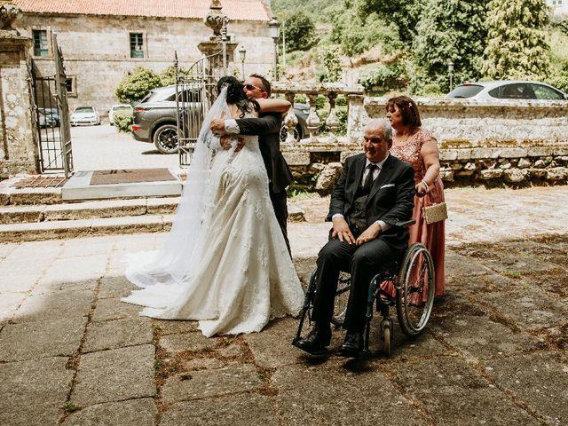 La boda de Marcos y Vanessa en Oseira, Orense 34