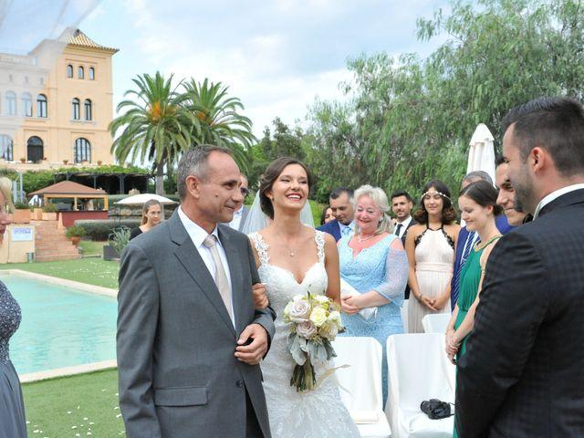 La boda de Marina y Tarik en Lloret De Mar, Girona 17