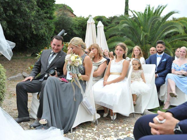 La boda de Marina y Tarik en Lloret De Mar, Girona 23