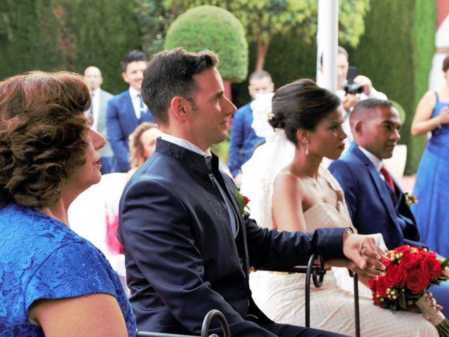 La boda de Hector y Sanaa en Purchil, Granada 17