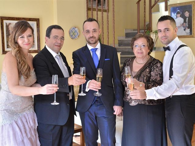 La boda de Cristian y Sonia en Cornella De Llobregat, Barcelona 17