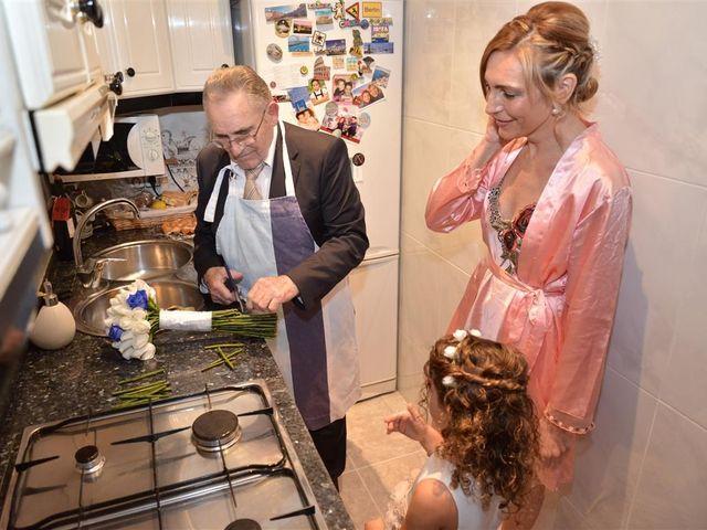 La boda de Cristian y Sonia en Cornella De Llobregat, Barcelona 28