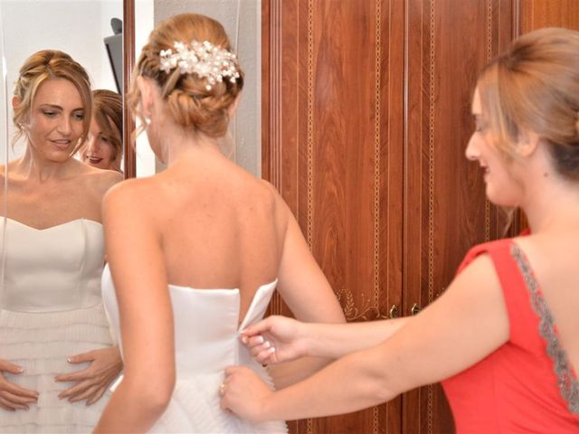 La boda de Cristian y Sonia en Cornella De Llobregat, Barcelona 31
