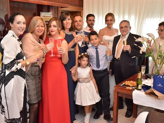 La boda de Cristian y Sonia en Cornella De Llobregat, Barcelona 37