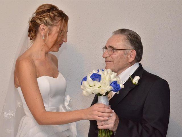 La boda de Cristian y Sonia en Cornella De Llobregat, Barcelona 40