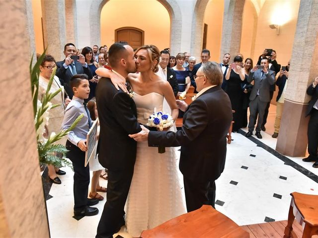 La boda de Cristian y Sonia en Cornella De Llobregat, Barcelona 62