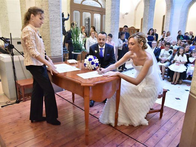 La boda de Cristian y Sonia en Cornella De Llobregat, Barcelona 84