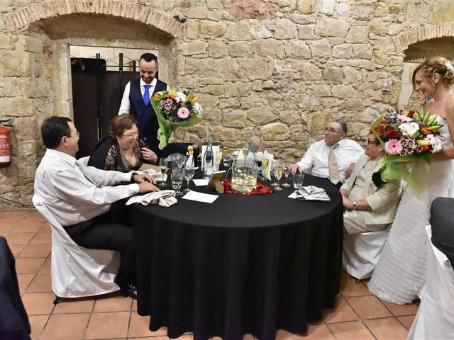 La boda de Cristian y Sonia en Cornella De Llobregat, Barcelona 188