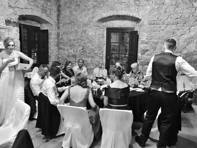 La boda de Cristian y Sonia en Cornella De Llobregat, Barcelona 193