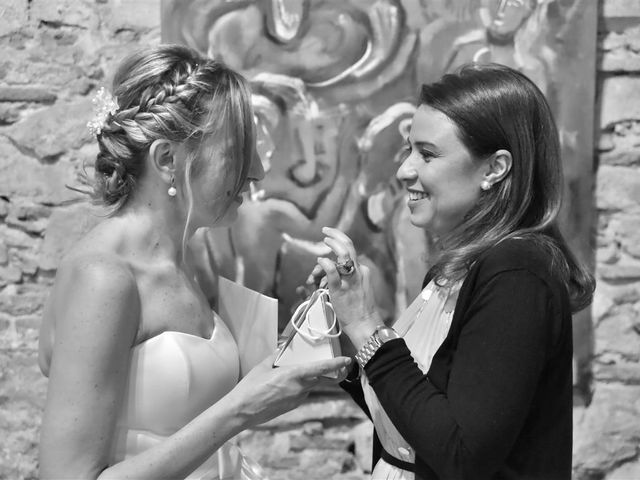 La boda de Cristian y Sonia en Cornella De Llobregat, Barcelona 195