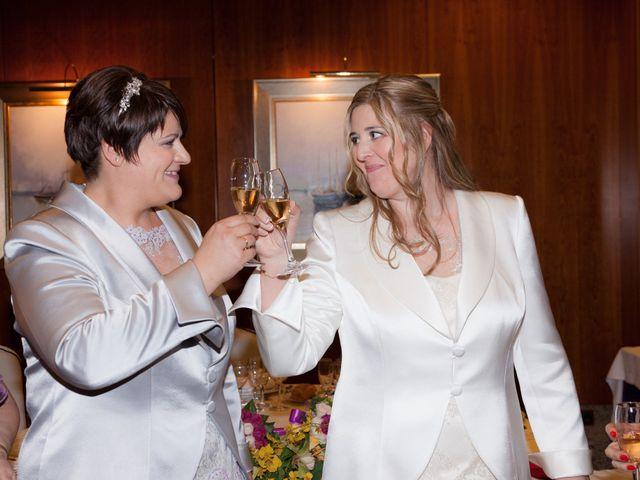 La boda de Sonia y Ana en Fuenlabrada, Madrid 16